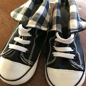 Other - 12-18 Month Baby Booties Sneaker B&W Buffalo Check